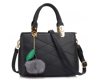 Kabelka Black Tote Shoulder Bag With Faux-Fur Charm