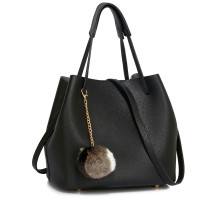 Kabelka Black Hobo Bag With Faux-Fur Charm