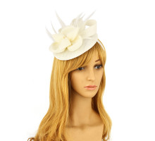 Klobouček Ivory Feather & Flower Hair Fascinator
