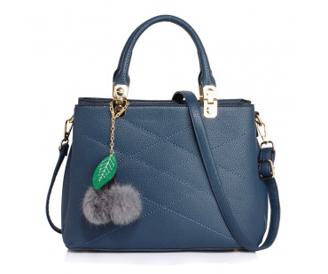 Kabelka Navy Tote Shoulder Bag With Faux-Fur Charm