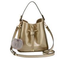 Kabelka Gold Drawstring Tote Bag With Faux-fur Bag Charm