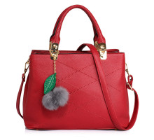 Kabelka Anna Grace Burgundy Tote Shoulder Bag With Faux-Fur Charm