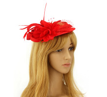 Ozdoba do vlasů Red Feather Hat Mesh Beaded Fascinator