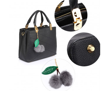 Kabelka Anna Grace Black Tote Shoulder Bag With Faux-Fur Charm
