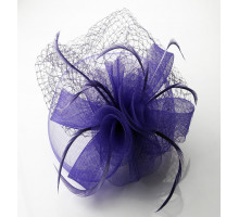 Ozdoba do vlasů Purple Feather and Mesh Fascinator on Comb