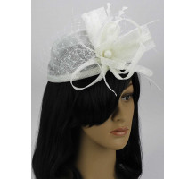Ozdoba do vlasů White Mesh Hat Feather Fascinator