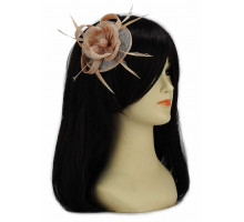 Ozdoba do vlasů Nude Feather and Mesh Flower Fascinator