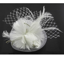 Ozdoba do vlasů White Feather & Flower Fascinator