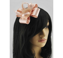 Ozdoba  Nude Feather & Flower Fascinator